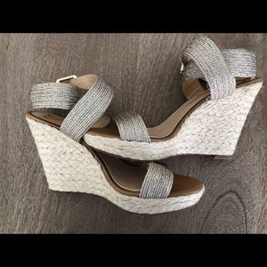 NWOT JESSICA SIMPSON WRAP STRAP WEDGE